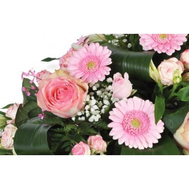 vue sur les gerberas et les roses de la compositon Repos Eternel