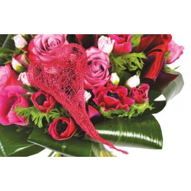 zoom sur le centre du Bouquet rond de fleurs roses Framboisine