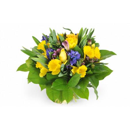 bouquet de fleurs de saison jonquilles jacinthes roses jaunes mamina l 39 agitateur floral. Black Bedroom Furniture Sets. Home Design Ideas