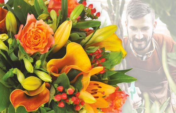 L'Agitateur Floral |image du Bouquet Surprise du fleuriste tons oranges