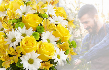 L'Agitateur Floral | image du Bouquet Surprise jaune et blanc