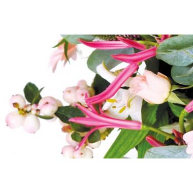Zoom sur un ensemble de fleurs du bouquet Dédicace