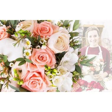 L'Agitateur Floral |image du Bouquet Surprise du fleuriste tons roses et blanc