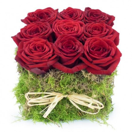 L'Agitateur Floral | image de la composition florale carré de roses rouges