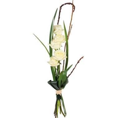 L'Agitateur Floral | image du bouquet de roses blanches Colombe