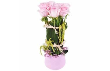 L'Agitateur Floral | image de la composition de roses roses du nom allons voir si la rose...