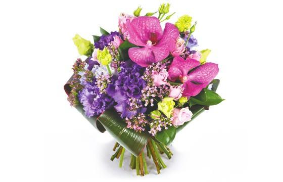Bouquet de fleurs rond perle d 39 o envoyez des fleurs pas for Fleurs livrees pas cheres