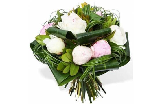 L'Agitateur Floral | image du Bouquet de Pivoines Blanches & Roses