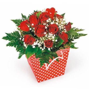 L'Agitateur Floral | image du bouquet de roses rouges Milan