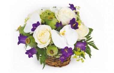 image du panier de fleurs dans les tons blanc et mauve Sourire