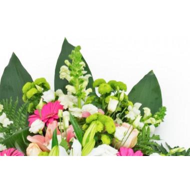 zoom sur le haut de la création florale