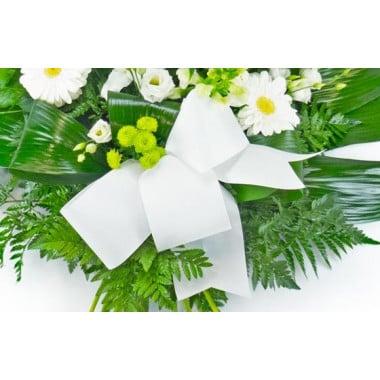 gerbe de fleurs blanche pour un enterrement livraison rapide sous 4h l 39 agitateur floral. Black Bedroom Furniture Sets. Home Design Ideas
