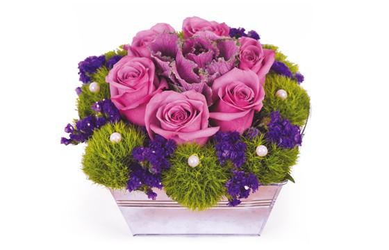 image de la composition de roses fuchsia Victoria