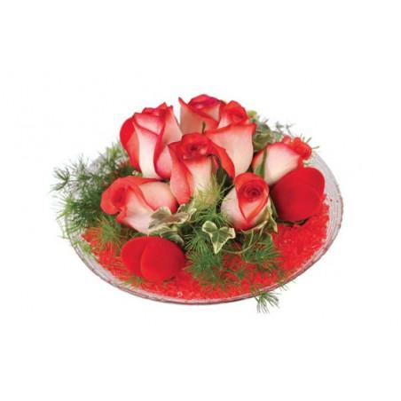 image de la composition de roses rouges Subtil