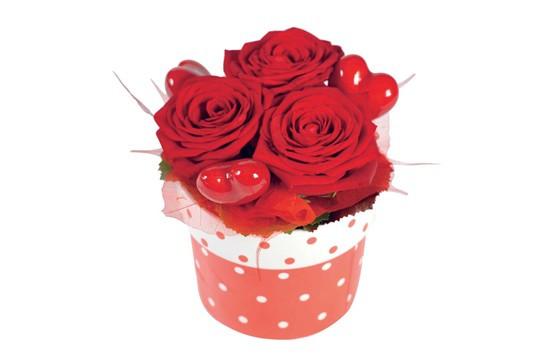 image de la composition pas chères de roses rouges Roméo