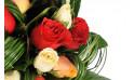 vue sur plusieurs roses du bouquet Joie