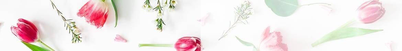 Livraison de fleurs par un fleruistes pour la fête des grands mères