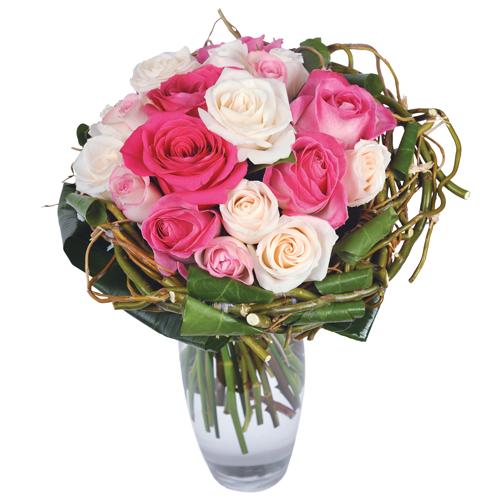 dolce vita bouquet rond deuil dans les tons rose et blanc fait uniquement de roses blanches et. Black Bedroom Furniture Sets. Home Design Ideas